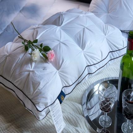 启艾枕芯     全棉立体魔方星级酒店羽丝绒枕芯