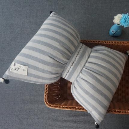 初舍家纺 水洗棉蝴蝶结抱枕靠垫枕  素灰中条