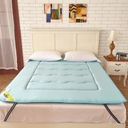 布卢姆床垫 针织透气竹炭床垫天蓝色