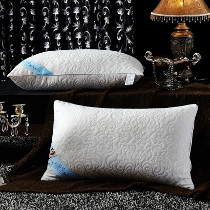 兴煌枕业 针织棉按摩护颈枕芯 凤尾纹经济款