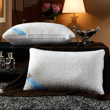 兴煌枕业 针织棉按摩护颈枕芯 凤尾纹奢华款