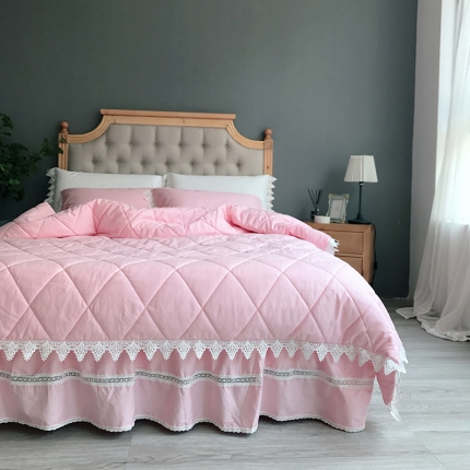 桔子家纺 全棉贡缎西西里绗缝床裙款系列四件套西西里(粉)