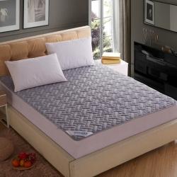敢为床垫 全棉透气网格竹炭纤维绗绣床垫