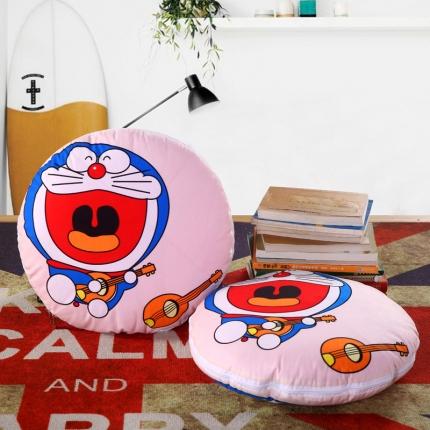 甜家美居 2016卡通定位圆形绗缝抱枕被机器猫弹吉他