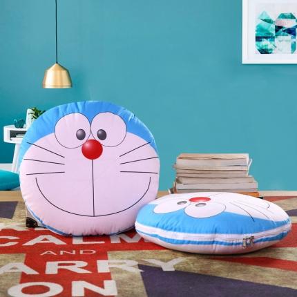 甜家美居 2016卡通定位圆形绗缝抱枕被机器猫笑脸