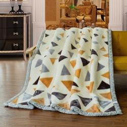 凤凰林毛毯  双层拉舍尔毛毯 白三角 大三角科莎