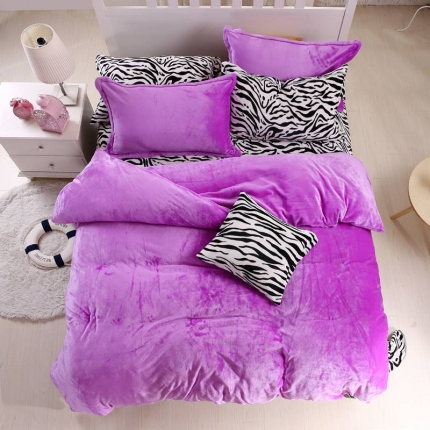瀚之宝家纺 素色斑马貂狐绒四件套斑马紫色