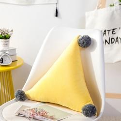 永光家居 爱心抱枕-三角抱枕 黄色