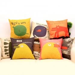 棉麻印花抱枕可爱卡通大黄鸡靠垫含芯定制靠包