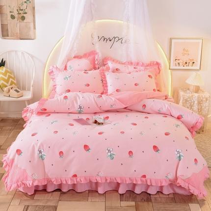 芭比蔓 2020款印+绣磨毛床裙四件套 甜心草莓