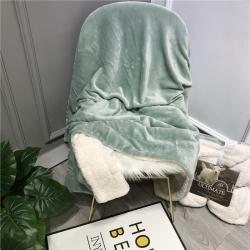 萌宝 2020新款ins双层羊羔绒盖毯珊瑚绒休闲毯子 浅绿