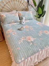 2020新款牛奶绒乳胶床垫三件套珊瑚绒法莱绒保暖床褥垫子 牡丹恋人