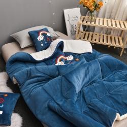(总)屹宬家居 2021新款牛奶绒双拼刺绣抱枕被