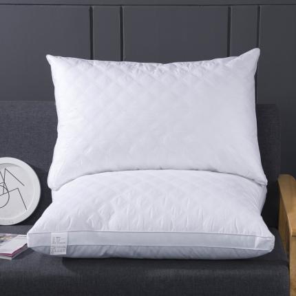 艾丽丝枕芯 全棉菱形格羽丝绒枕 低枕