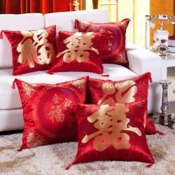 (总)抱枕专卖 2021新款婚庆大红色赠品绸缎抱枕一件代发