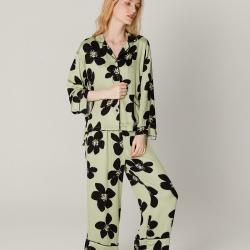 纽约生活2021新款贡缎绿底黑花睡衣