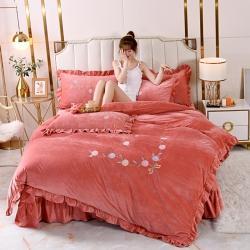 (总)雪夫人 2021韩版刺绣婴儿绒床裙款四件套宝宝水晶绒