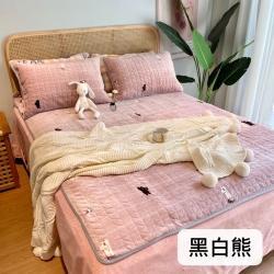 朵朵新2021牛奶绒乳胶保暖垫子三件套法莱绒床褥子床盖黑白熊