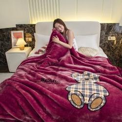 凯轩毛毯 2021新款拉舍尔毛毯 小熊红