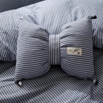 初舍家纺 水洗棉蝴蝶结抱枕靠垫枕  蓝细条