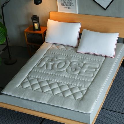 麦蕾迪家居 彩棉色织水洗床垫 浅灰