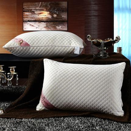 兴煌枕业 针织棉按摩护颈枕芯 水立方经济款