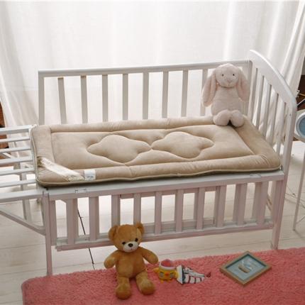 贝贝月家纺 婴幼儿床垫咖啡色