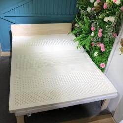 麦肯锡家居 2019新款泰国天然乳胶床垫7区按摩送内外套