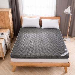 (总)美真家纺 2018新款4D透气床垫6厘米素色印花款