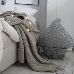 KH家紡  2019新款羅琦針織毯子線毯毛毯 米灰色
