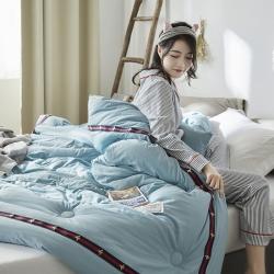 (总)雅之都2019富贵绒水洗棉爆款-维咪系列冬被 模特图