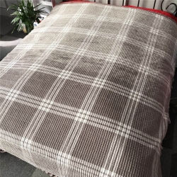 小米家新款多功能水晶绒纯棉床盖密道绗缝被2米  大格调灰