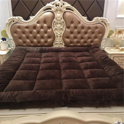 星尚家纺 超柔绒立体面包格软床垫实拍 咖啡