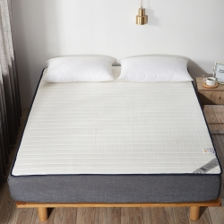 乳胶床护垫