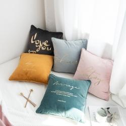 美茉家居高档加厚丝绒烫金字母印花抱枕韩式简约靠垫纯色烫画