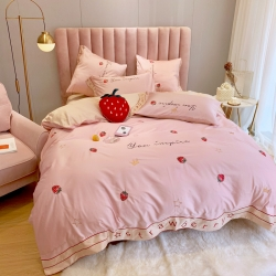 河马制造 2019新款60支长绒棉四件套 小草莓