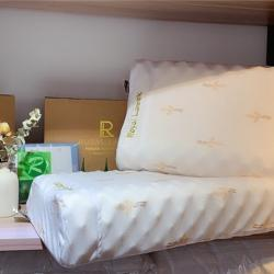 她喜愛枕芯 2020新款正版皇家乳膠枕 配套包裝 可授權