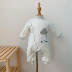 麥吻 2020新款云朵刺繡夾棉連體衣