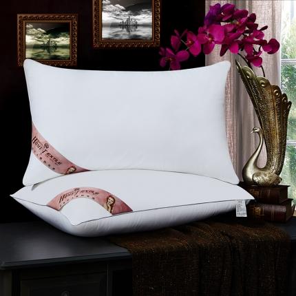 兴煌枕业 高档宾馆用枕芯 全棉舒适款红