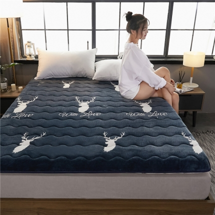 钻爱床垫 10cm厚冬夏两用加厚保暖牛奶绒床垫 糜鹿蓝色