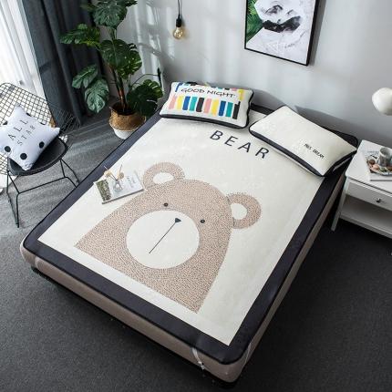 摩妮卡 2019新款大版冰丝席 小熊
