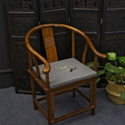 (总)雷晓家纺 中式绣花红木沙发坐垫