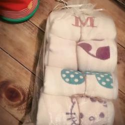 那里 6层纱布童巾4条装 米奇蘑菇凯蒂猫 随机