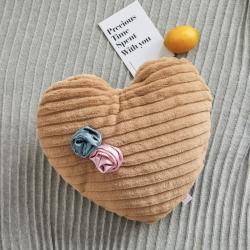 希诺家居2019新款草莓之恋工艺设计款兔兔绒抱枕 焦糖咖爱心