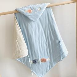心卓婴童馆 婴幼儿春夏新款彩棉抱被90cmX90cm 小鱼蓝