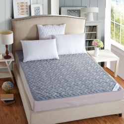 陌陌床垫 全棉4D透气网格竹炭纤维床垫