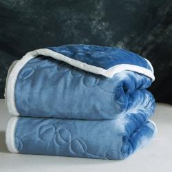 朵绒家纺 9斤珍珠链被毯 三层加厚毛毯 法兰绒毯